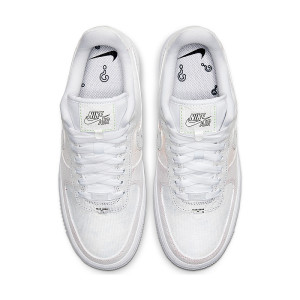 Nike Air Force 1 07 LX 1