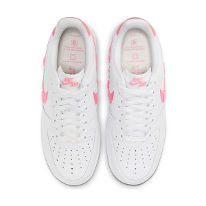 Nike Air Force 1 07 Love For All 1