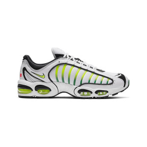 a63cfc6316 Nike Air Max Tailwind 4 Supreme White AT3854-100 from 157,00 €