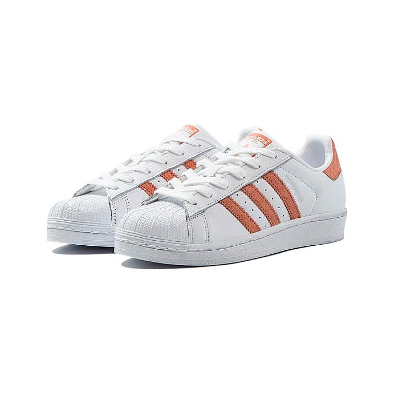 reputable site 92cc4 7f797 Adidas Superstar W
